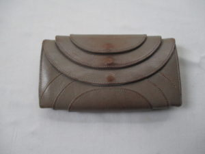 イロセ 財布  擦れ 色はげ  染め直し  修理